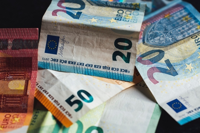 money_cash_euro